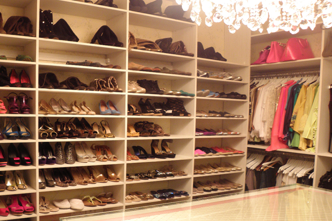 customized closets dubai