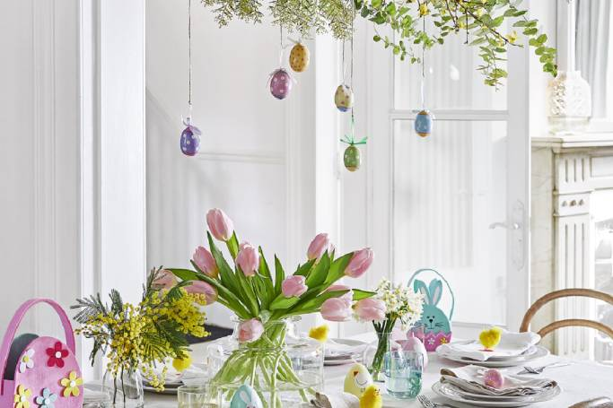 Cracking Ways To Set The Scene For Easter