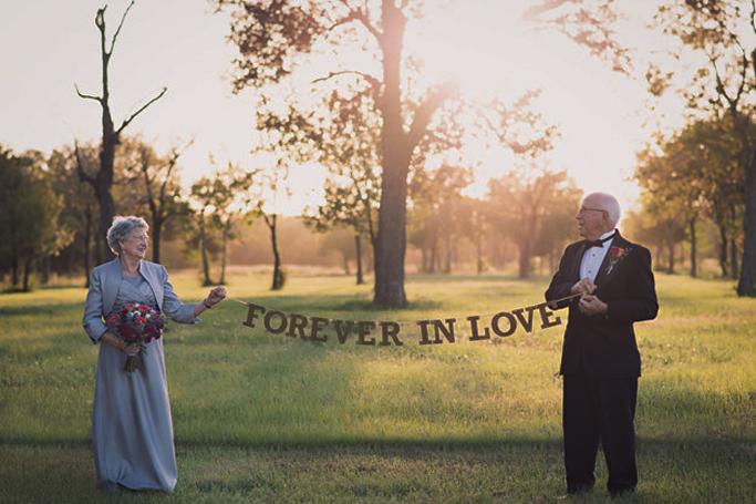 Edlerly Couple Photoshoot