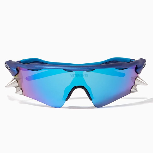 Vetements Oakley Spikes 200 Sunglasses on Ounass