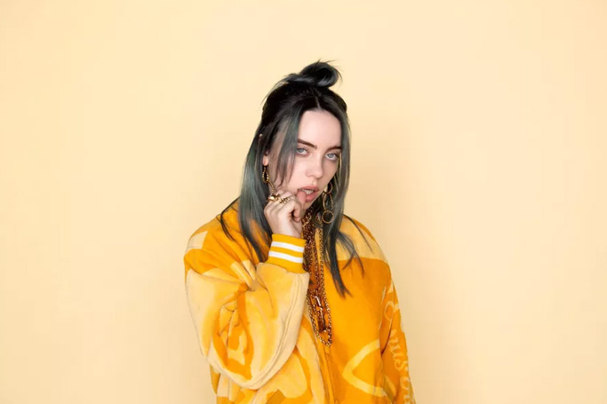 How to dress like Billie Eilish