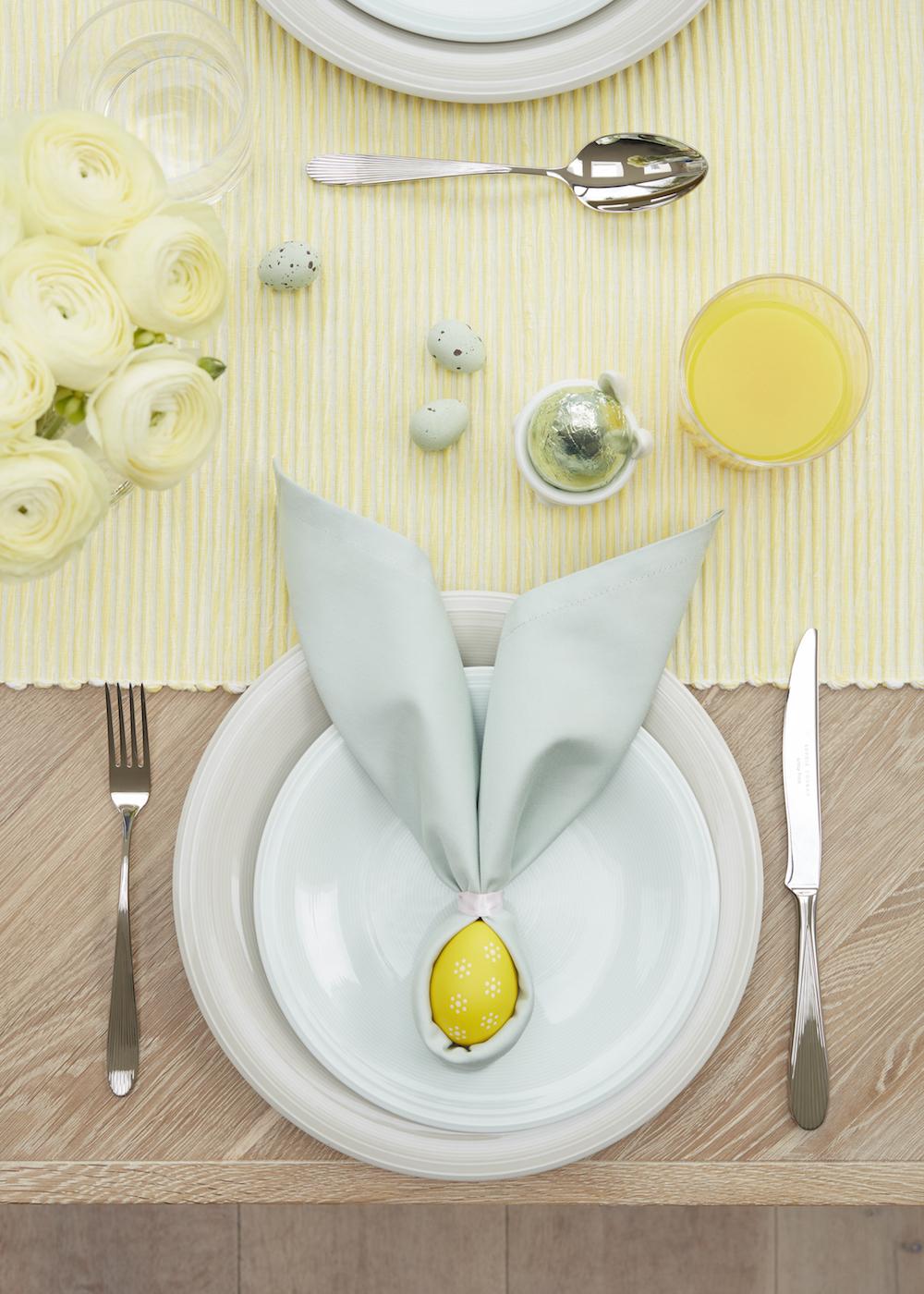 Napkin 'bunny ears'