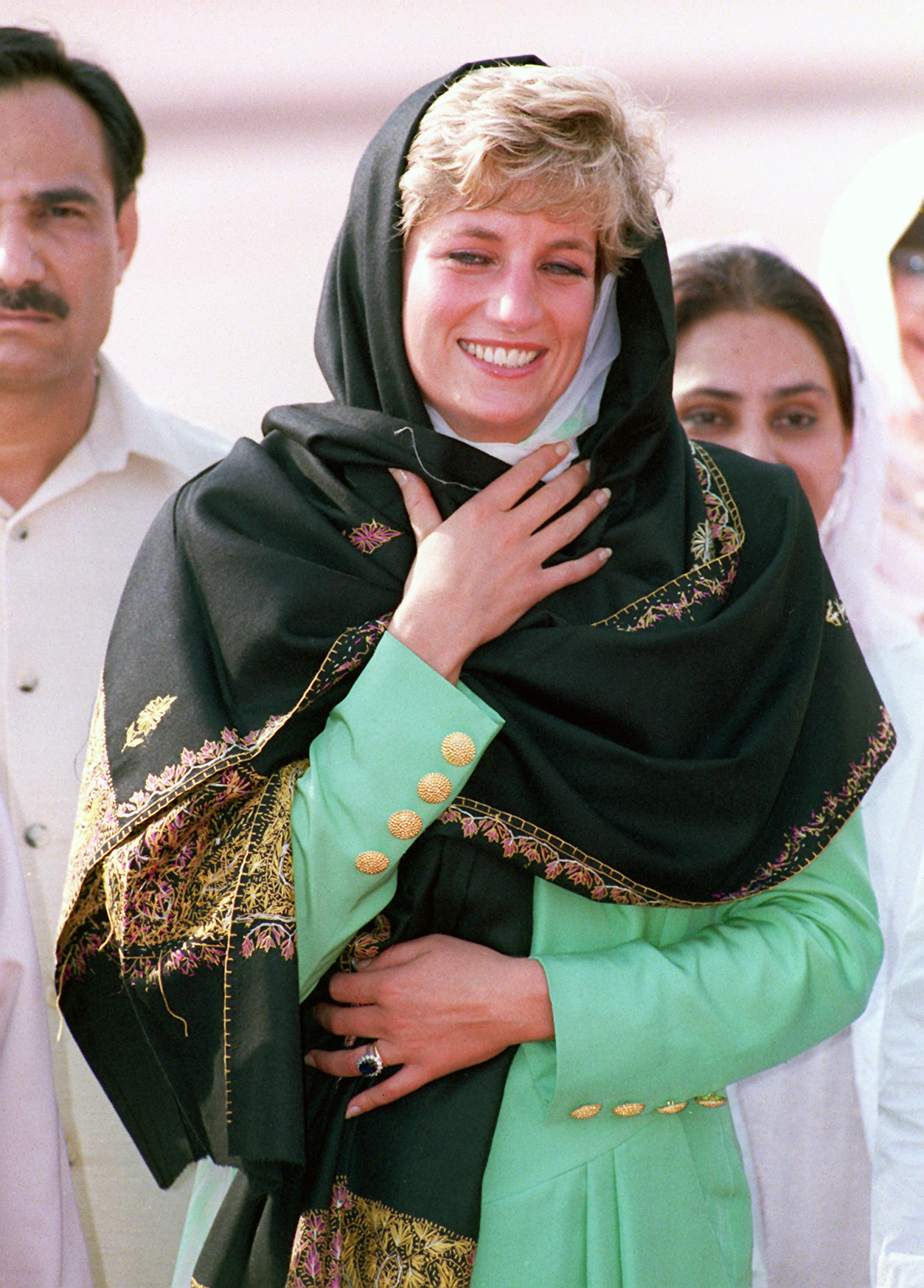 Diana visits Pakistan in 1991