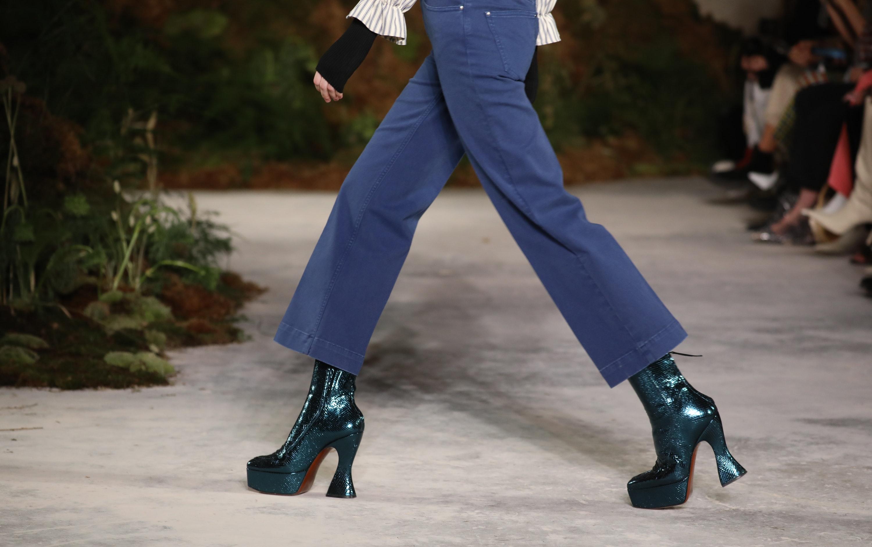 Platform boots at Alexa Chung AW19
