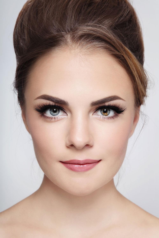 Eylure make-up artist Sara Sordillo