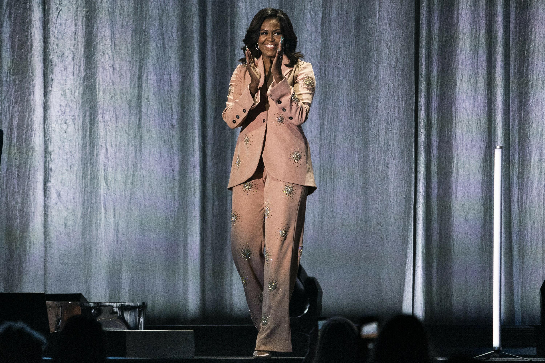 Michelle Obama's knockout suit