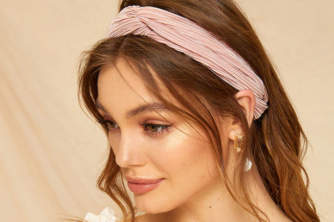 Pink pleated head band on SHEIN