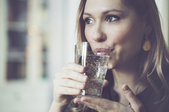 6 Signs You Are Not Drinking Enough Water