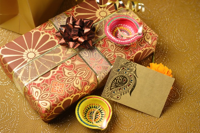 Luxurious Diwali Gifts That Are In Vogue This Festive Season