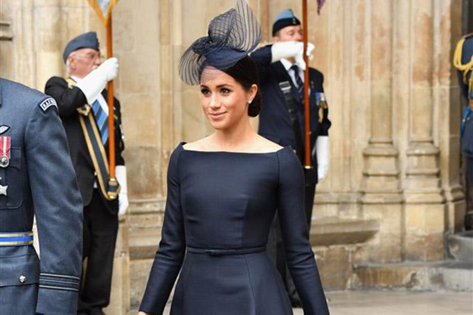 Meghan Markle style -boatneck dress