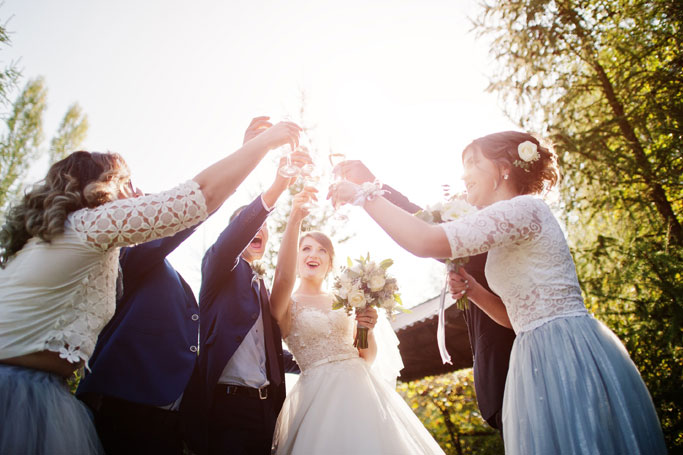 10 Money-Saving Tips for Couples Getting Married And Guests