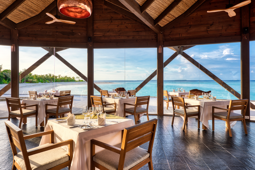 Movenpick Maldives Resort the Bodumas restaurant