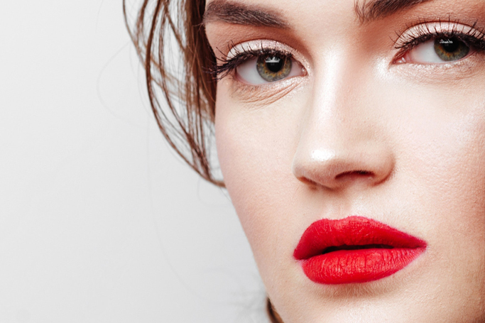 How to do a matte red lip