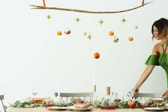 3 No-Fuss Ways To Set A Perfect Christmas Table