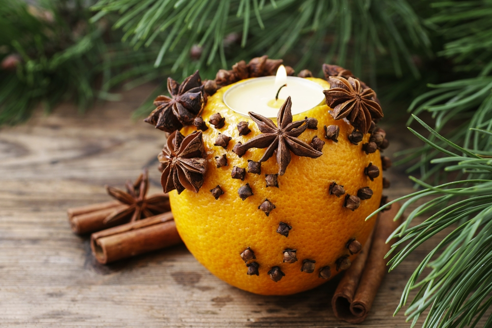 Winter solstice decoration traditions with New Evolution