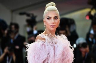 Lady Gaga Engaged