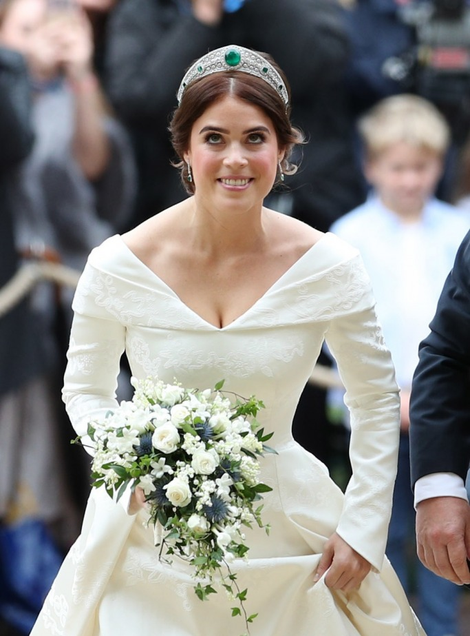 Princess Eugenie's Wedding Dress 3
