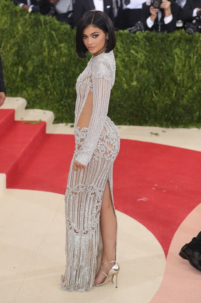 2016 Kylie Jenner in Balmain