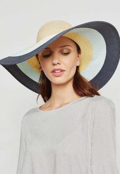 Summer straw hat trend 12