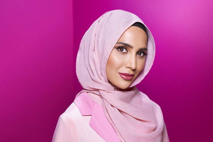 Hijab model steps down from beauty campaign