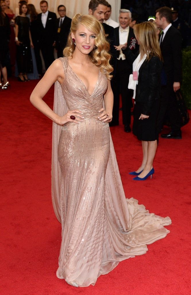 2014 Blake Lively in Gucci