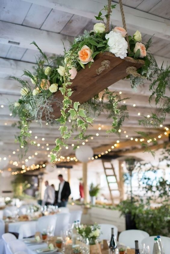 Here are the biggest wedding trends for 2018 ewmoda 2018 wedding trends junglespirit Images