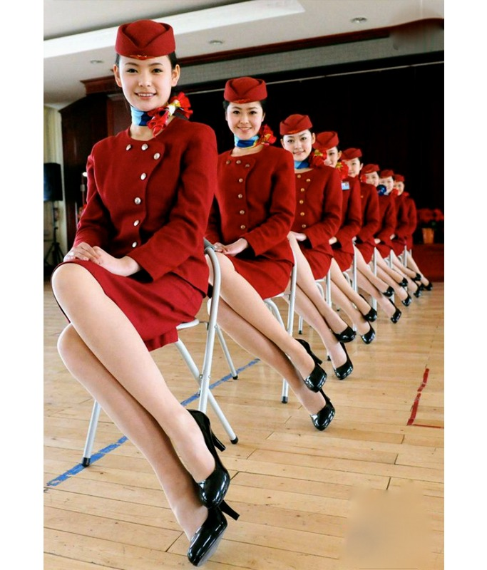 Cabin crews uniforms around the world ewmoda for Korean air cabin crew requirements