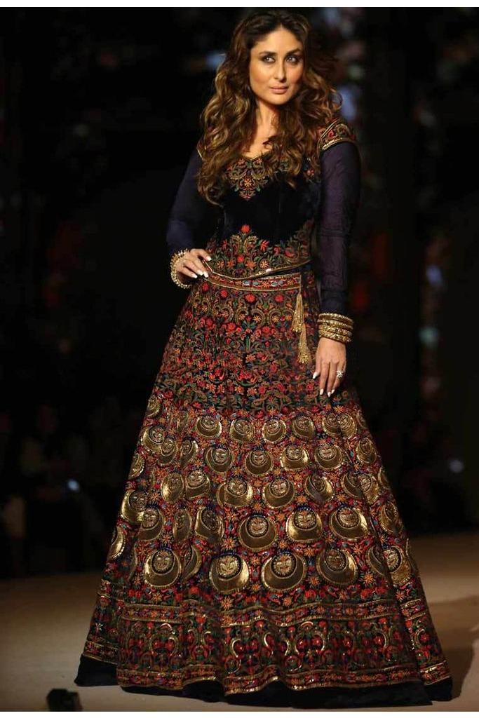 15 Stunning Bridal Dresses Inspired By Bollywood Divas   ewmoda