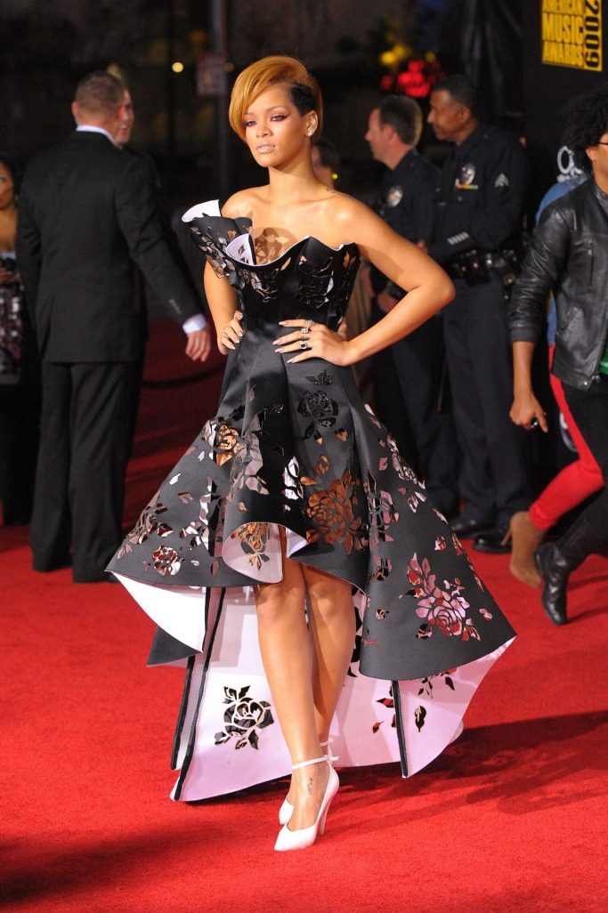 10 Times Rihanna Ruled The Red Carpet Like A Boss