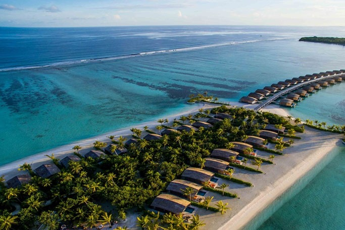 The World's First 100% Solar-Powered Luxury Resort
