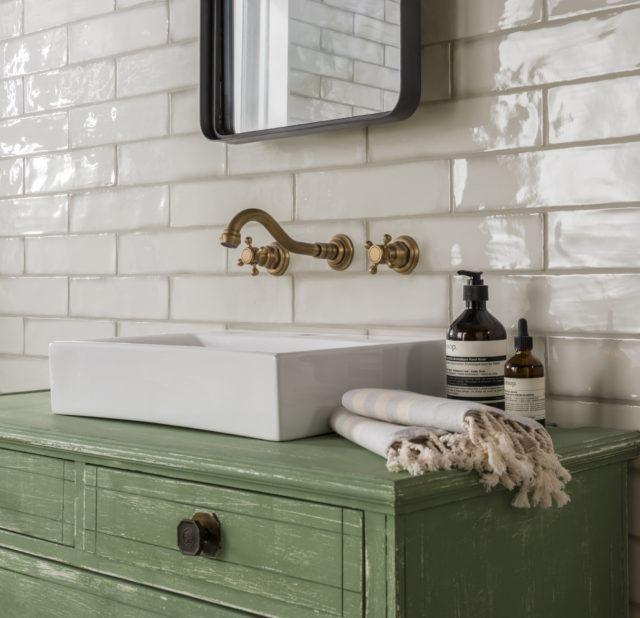 Home DIYs: Tiles and Splashbacks 1