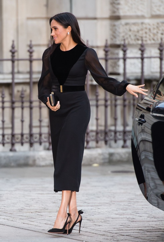 Meghan Markle in Givenchy 2