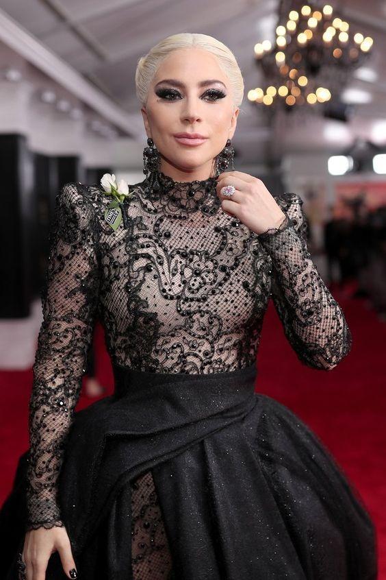 Lady Gaga pink diamond ring