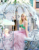 Gwen Stefani In Princess-Like Reem Acra Gown