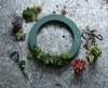 How to make a Christmas wreath with succulents