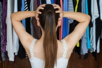 6 Tips to Reduce Your Fashion Footprint
