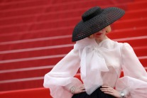 Story Behind Elle Fanning's 1950s-Inspired Dior Outfit at Cannes