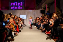 8-Year-Old Double Amputee Cartwheels Down The Catwalk