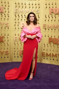 Clashing Colours of Red and Pink Ruled the Emmy Awards Fashion