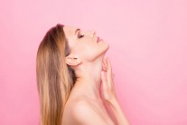 6 Ways to Keep Your Neck Looking Youthful, According to Experts