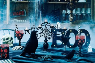 Scarily Stylish Ways To Decorate Your Home For Halloween