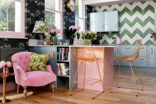 Play With the Power of Pink for Punchy Settings at Home