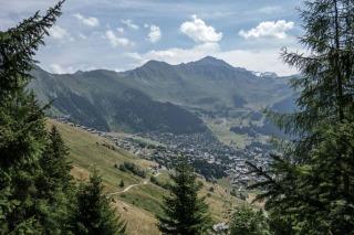 7 Ways to Enjoy the Snow-Free Alps in Switzerland