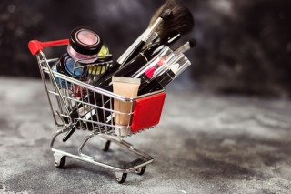 What is The #Nobuy Beauty Challenge and How Can it Help the Environment?