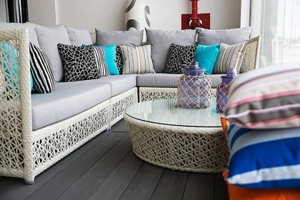 Sensational The Best Places To Buy Outdoor Furniture In Dubai Ewmoda Interior Design Ideas Clesiryabchikinfo